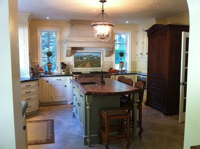 Mediterranean Kitchen by Hollywood Sierra Kitchens