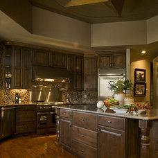 Rustic Kitchen by Studio D - Danielle Wallinger