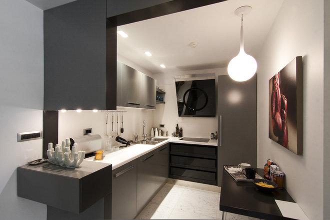 Modern Kitchen by Neslihan Pekcan/Pebbledesign