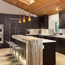 Contemporary Kitchen by Studio R Squared LLC