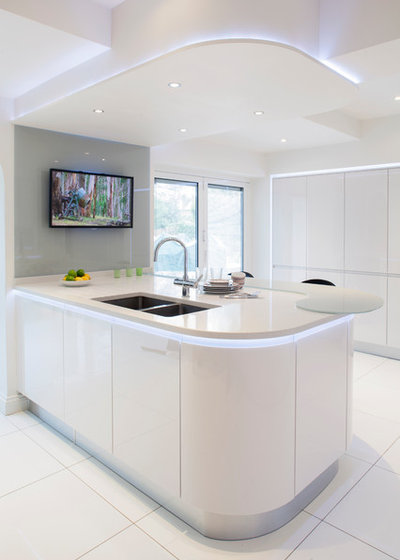 Contemporain Cuisine by Stoneham Kitchens