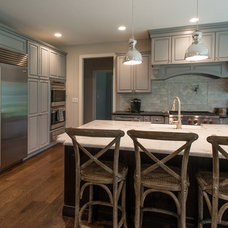 Traditional Kitchen by GTG Builders