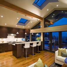 Contemporary Kitchen by Wallmark Homes