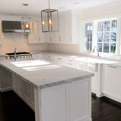 Stunning White Shaker Kitchen   Tenafly, NJ