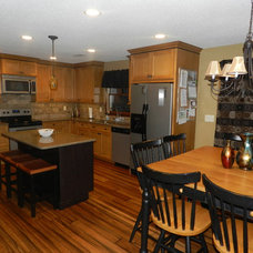 Traditional Kitchen by Design Phase Kitchens & Baths, Inc.