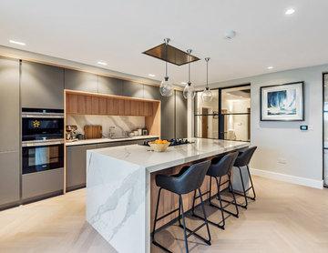 Stylish Comtemporary Kitchen