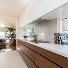 Contemporary Kitchen by Mint Kitchen Group