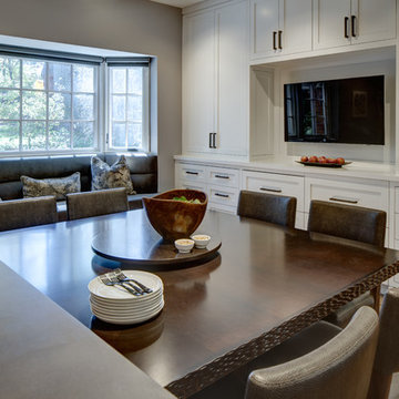 Summit art collectors' transitional home renovation