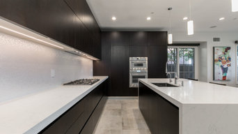 Summit Ridge Ultra-Modern Kitchen