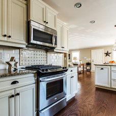 Traditional Kitchen by Blue Door Homes