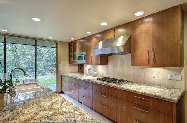 Modern Kitchen by J.A. Hand Construction, Inc.
