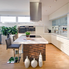 Contemporary Kitchen by KYZLINK