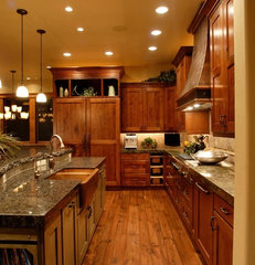 traditional kitchen by CD Construction, Inc.