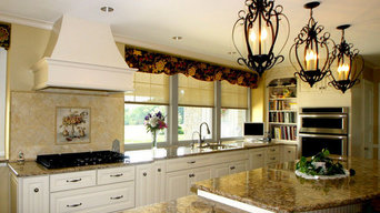 Sunny Traditional Kitchen