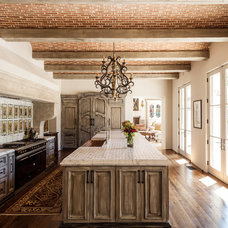 Mediterranean Kitchen by Stocker Hoesterey Montenegro