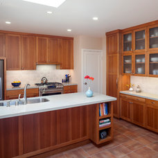 Transitional Kitchen by Leslie Arnold Architecture
