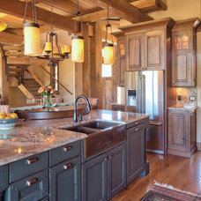 Rustic Kitchen by Rohde Design Inc.