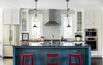 10 Kitchens That Nail Red, White and Blue