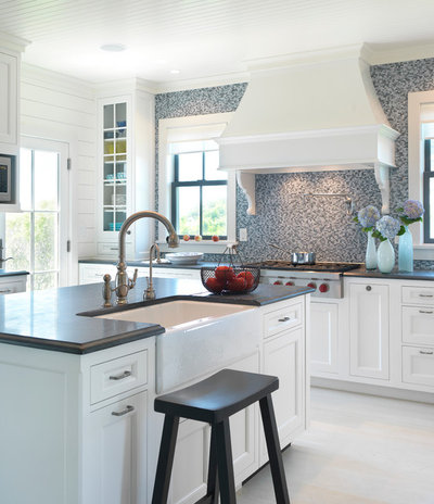 Kitchen Color: 15 Beautiful Blue Backsplashes