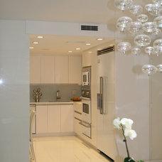 Modern Kitchen by Scandinavian Design House