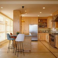 Modern Kitchen by Nick Noyes Architecture