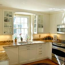 Farmhouse Kitchen by Forward Design Build