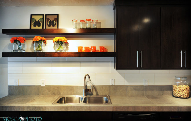 Traditional Kitchen by Mosca Photo