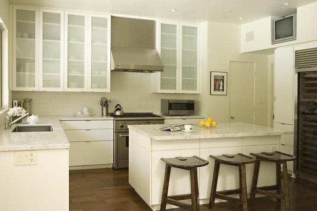 Transitional Kitchen by Elizabeth Dinkel