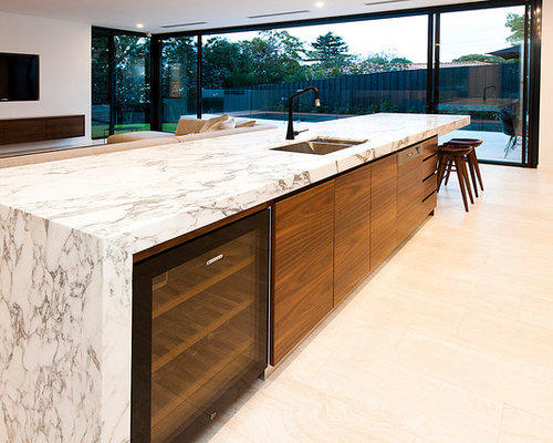 Large contemporary kitchen design ideas renovations photos for Kitchen renovations centurion
