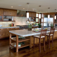 Beach Style Kitchen by James Glover Residential & Interior Design