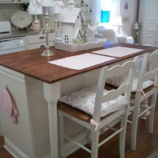 Traditional Kitchen Sweet Pink
