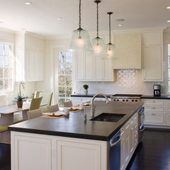 modern kitchen by Texas Construction Company