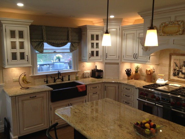 Traditional Kitchen by Olde Stone Kitchens & Flooring