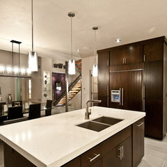 modern kitchen by dC Fine Homes & Interiors