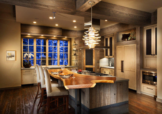 Rustic Kitchen by Crestwood Construction Inc.