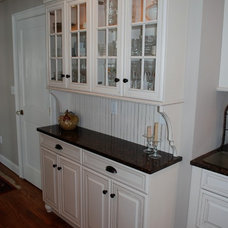 Traditional Kitchen by Anna C. Fisher (Aspen Kitchens Inc.)