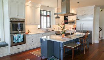 Tall Crowned Kitchen