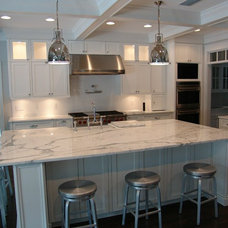 Traditional Kitchen by Bay Harbour Homes, LLC
