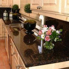 Kitchen by EleMar Oregon LLC