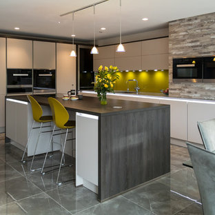Inspiration for a contemporary kitchen in Hertfordshire.