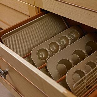 Mid-sized asian kitchen photos - Kitchen - mid-sized zen kitchen idea in Other