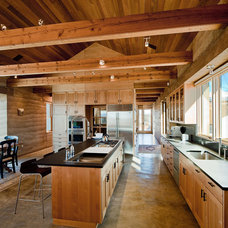 Southwestern Kitchen by Nick Noyes Architecture