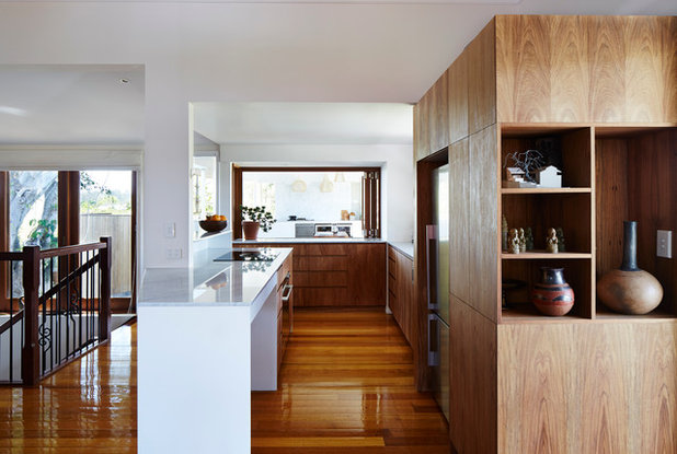 Modern Kitchen by nielsen workshop
