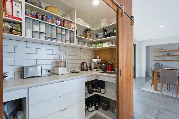 Contemporary Kitchen by Dream Design Build
