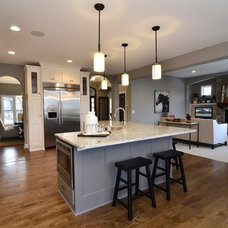 Contemporary Kitchen by Gonyea Homes & Remodeling
