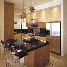 contemporary kitchen by Team 7 International