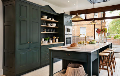 When You Want to Go With Deep, Dark Green in Your Kitchen