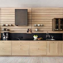 Splashbacks That Work With a Wooden Kitchen