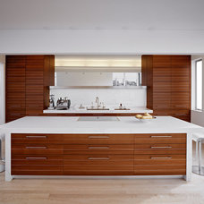 Modern Kitchen by Moroso Construction