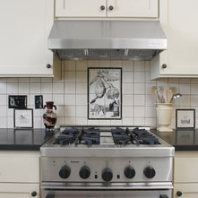Traditional Kitchen by Filmore Clark